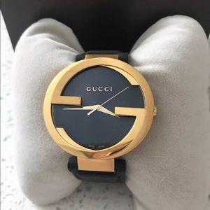 Gucci Interlocking Black Dial Watch YA133326 ❤️❤️